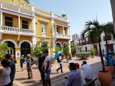 Walking around the Old City in Cartagena during our art workshop on the Caribbean